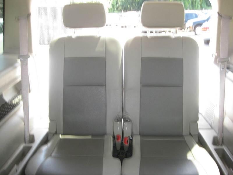2006 Ford Explorer XLT 4dr SUV 4WD w/V6 - Marietta GA