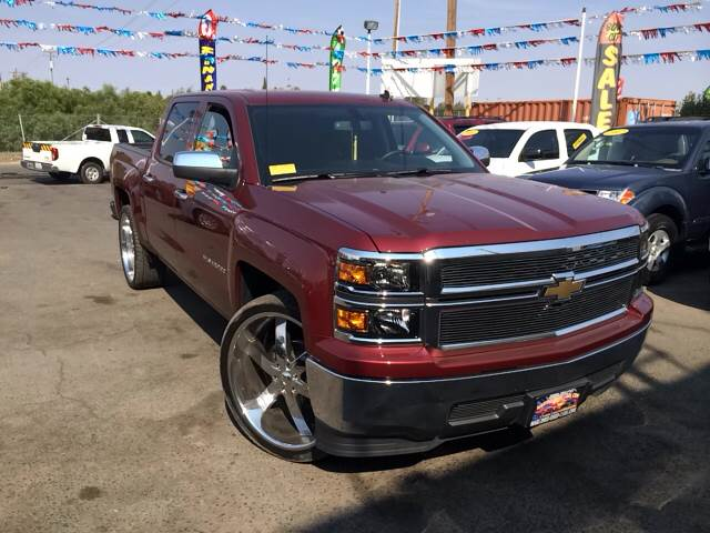 4x4 vs 4x2 in texas autos post for Sames red barn motors