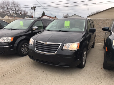 2008 Chrysler Town and Country for sale in Lincoln Park, MI