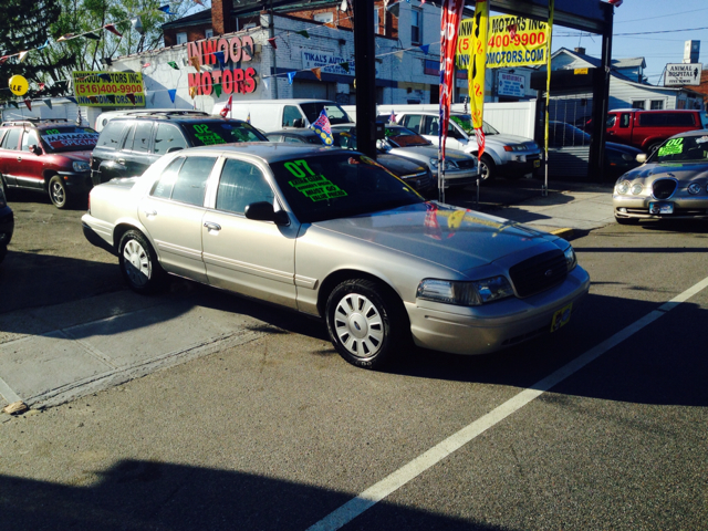 2007 Ford Crown Victoria for sale in Inwood NY