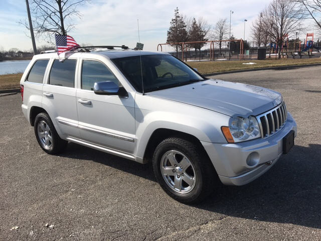 2006 jeep grand cherokee overland 4dr suv 4wd in inwood ny. Black Bedroom Furniture Sets. Home Design Ideas