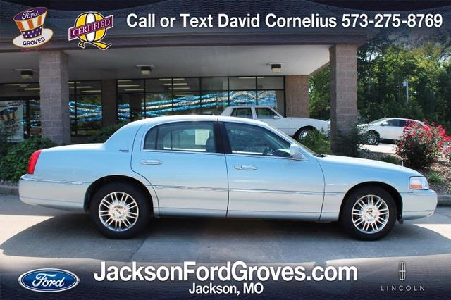 2008 Lincoln Town Car for sale in Jackson MO