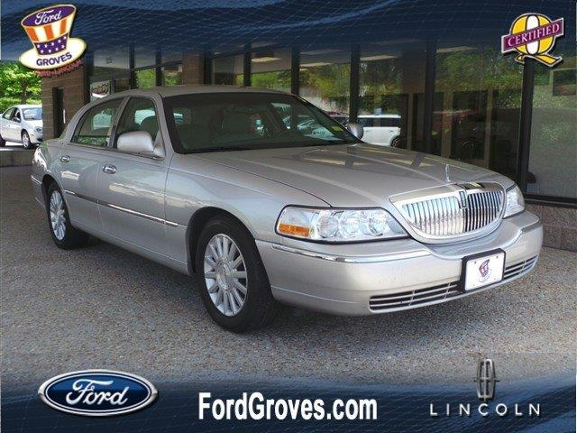 2003 Lincoln Town Car for sale in Jackson MO