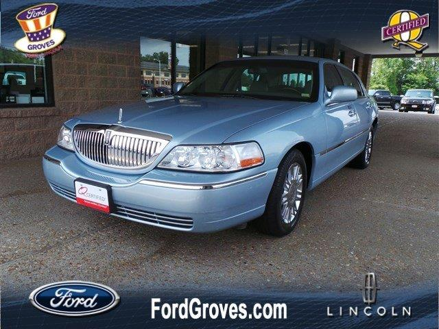 2009 Lincoln Town Car for sale in Jackson MO