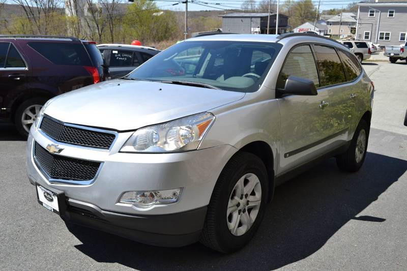 2010 chevrolet traverse for sale with photos carfax autos post. Black Bedroom Furniture Sets. Home Design Ideas