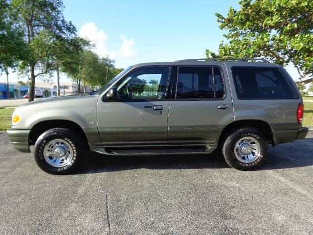 used 2010 mercury mountaineer for sale pricing 2018 2019 2020 ford cars. Black Bedroom Furniture Sets. Home Design Ideas