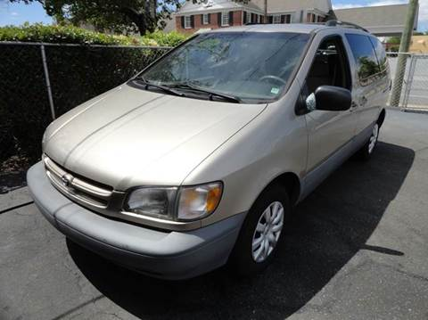 2000 Toyota Sienna for sale in Easley, SC