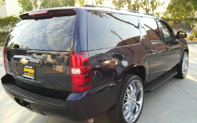 2007 Chevrolet Suburban LS 1500 4dr SUV - Los Angeles CA