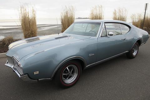 1968 Oldsmobile Cutlass Supreme for sale in Milford, CT