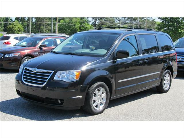 2010 CHRYSLER Town and Country for sale in Smithfield NC