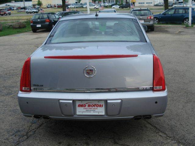2006 Cadillac Dts Luxury Ii 4dr Sedan In Madison Wi Mad