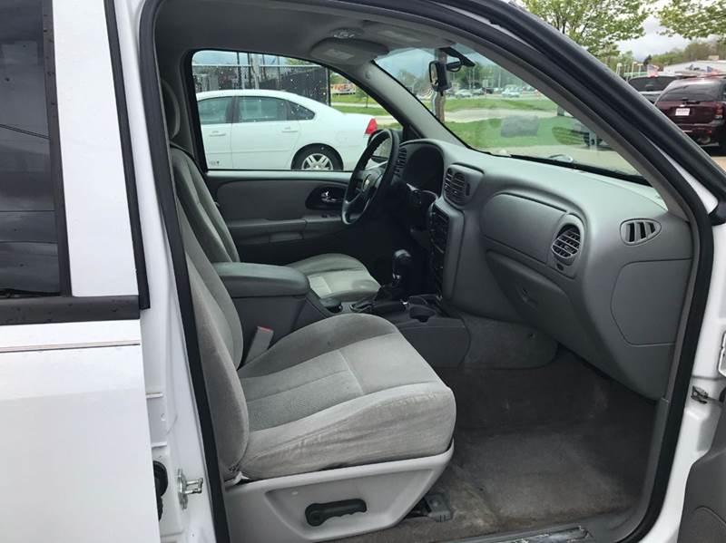 2006 Chevrolet TrailBlazer LS 4dr SUV 4WD w/1SB - Madison WI