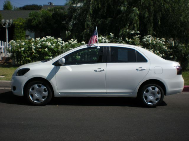 2007 TOYOTA YARIS BASE 4DR SEDAN 15L I4 4A unspecified adjustable rear headrests - height adjus