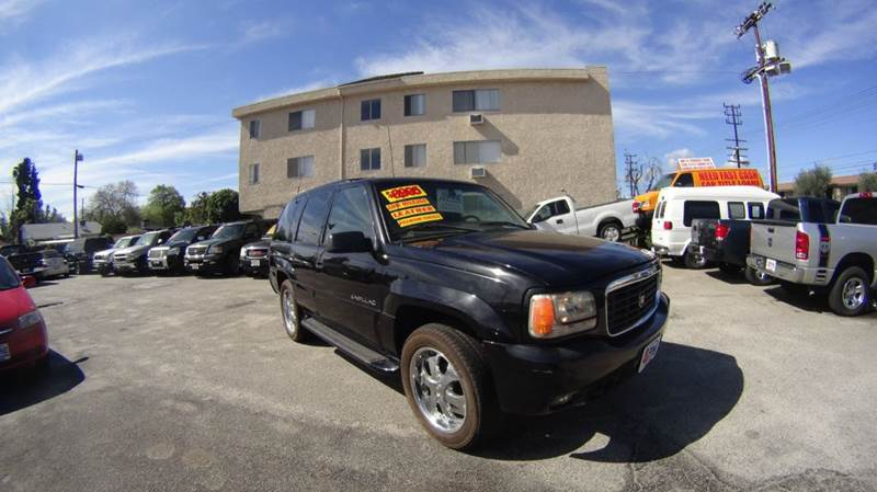 2000 CADILLAC ESCALADE BASE 4DR 4WD SUV abs - 4-wheel anti-theft system - alarm axle ratio - 37