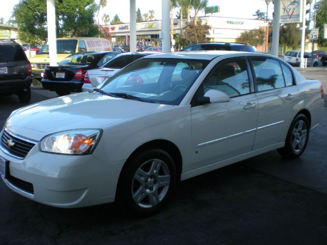 2006 CHEVROLET MALIBU LT 4DR SEDAN white adjustable lumbar support - manual adjustable rear headr