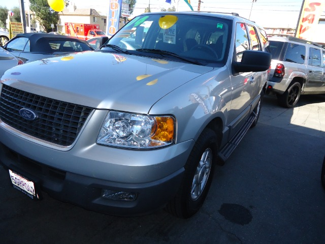 2004 FORD EXPEDITION silver abs brakesadjustable foot pedalsair conditioningalloy wheelsamfm