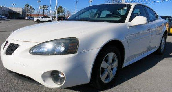 2006 PONTIAC GRAND PRIX BASE 4DR SEDAN we have thousand of satisfied customer with rates starting