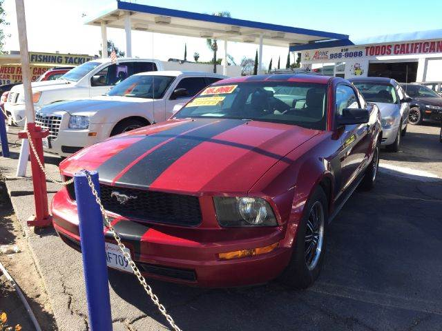 2006 FORD MUSTANG V6 PREMIUM 2DR COUPE we have thousand of satisfied customer with rates starting