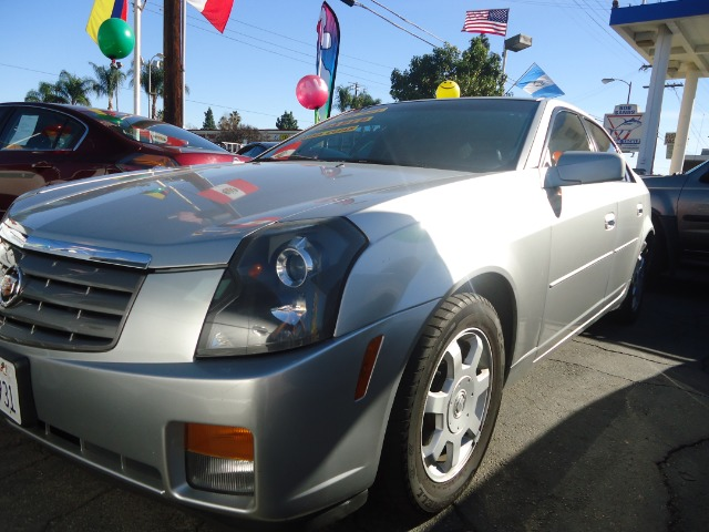 2004 CADILLAC CTS BASE silver abs brakesair conditioningalloy wheelsamfm radioanti-brake syst