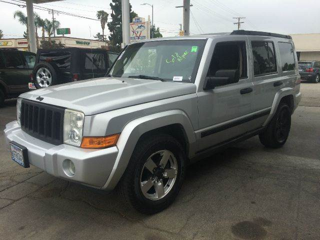 2006 JEEP COMMANDER BASE 4DR SUV silver abs - 4-wheel airbag deactivation - occupant sensing pas