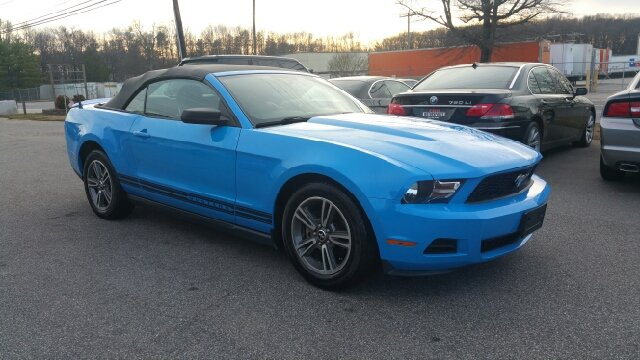 2010 ford mustang v6 premium 2dr convertible in greensboro. Black Bedroom Furniture Sets. Home Design Ideas