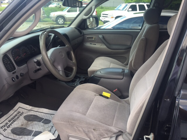 2002 Toyota Sequoia SR5 4WD 4dr SUV - Bessemer AL
