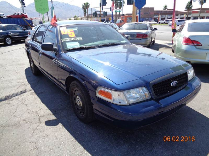 Used Cars in Las Vegas 2005 Ford Crown Victoria