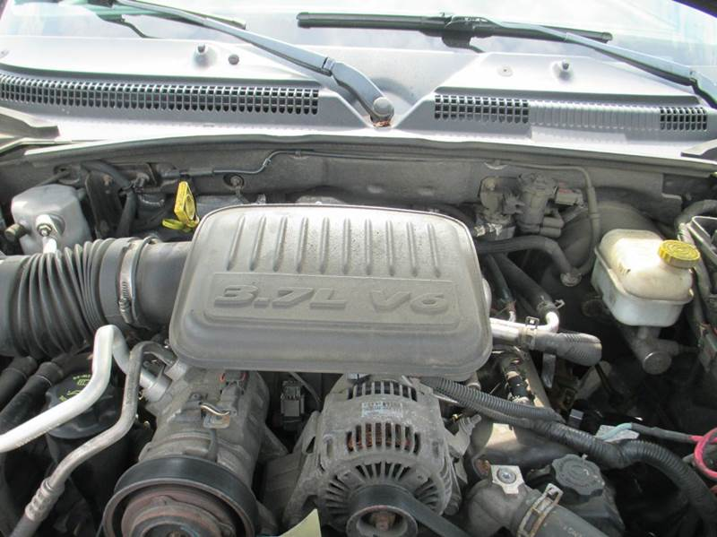 2005 Dodge Dakota 4dr Quad Cab SLT 4WD SB - London KY