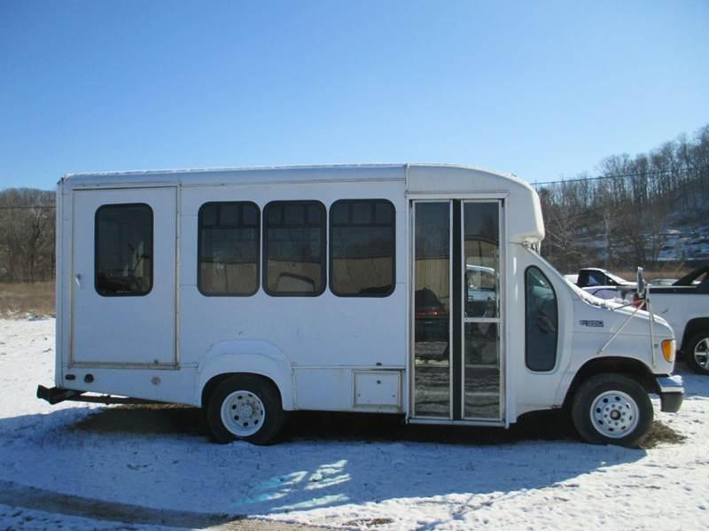 2000 Ford E-350 3dr XLT SD Extended Passenger Van - London KY