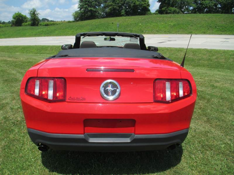 2012 Ford Mustang V6 2dr Convertible - London KY