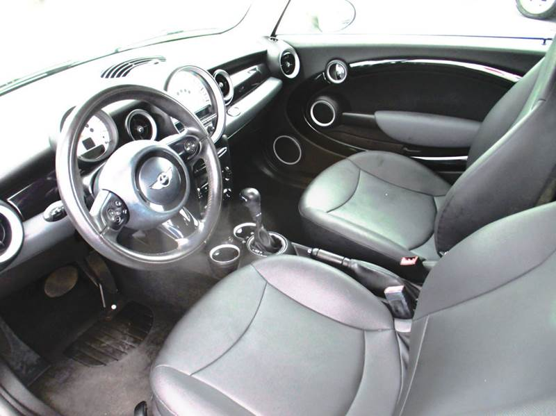 2011 MINI Cooper Base 2dr Hatchback - London KY