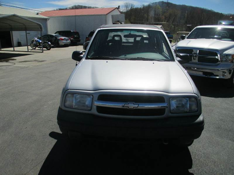 2002 Chevrolet Tracker 4WD 2dr SUV w/ Soft Top - London KY