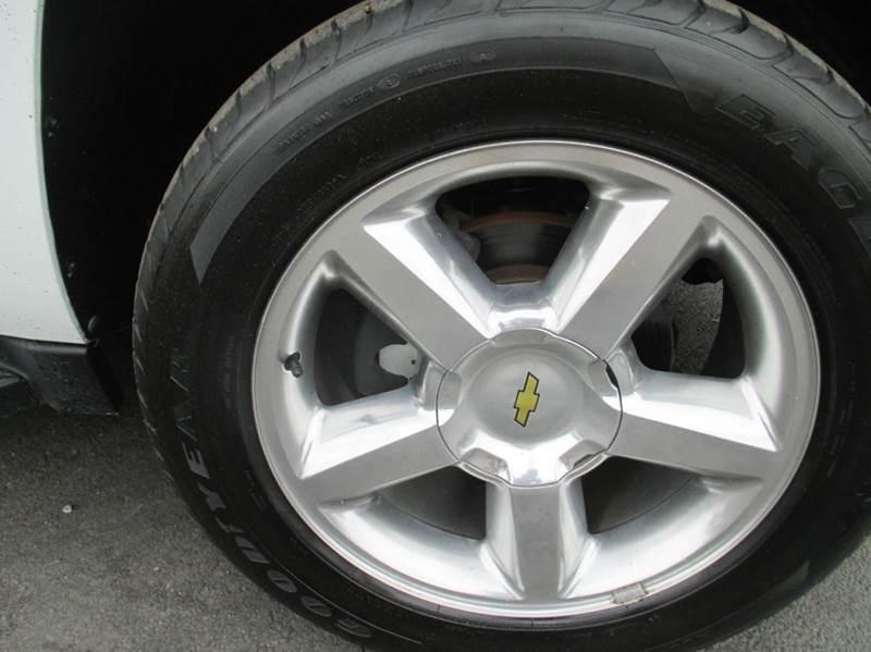 2010 Chevrolet Avalanche 4x2 LT 4dr Pickup - London KY