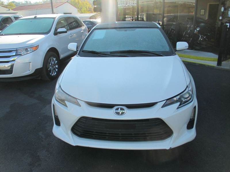 2015 Scion tC 2dr Coupe 6A - London KY