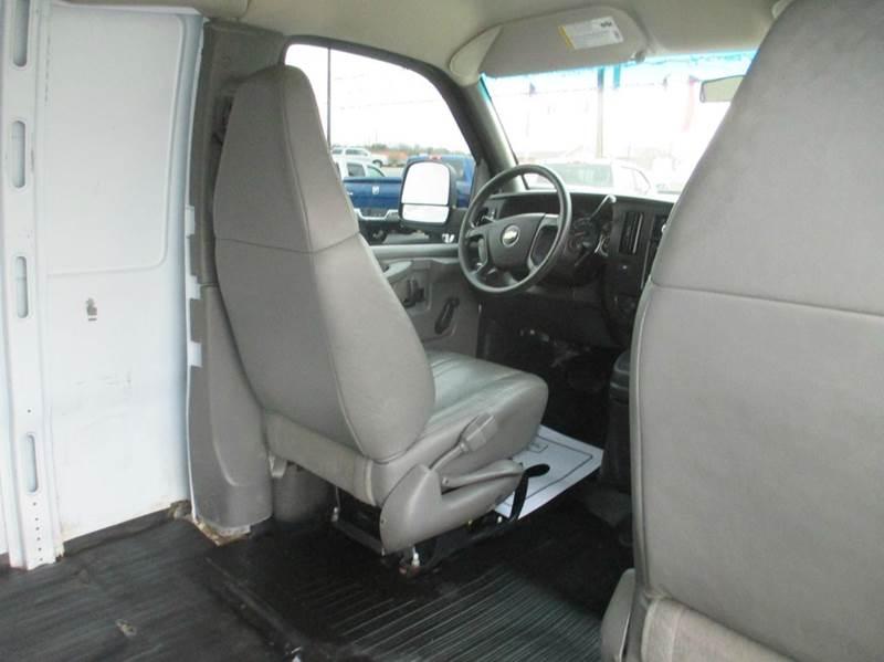 2009 Chevrolet Express Cargo 1500 3dr Cargo Van - London KY