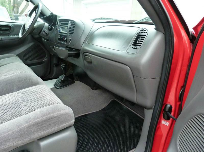 2002 Ford F-150 4dr SuperCab XLT 4WD Styleside SB - Fremont NE