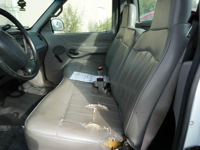 1997 Ford F-150 2dr Standard Cab LB - Fremont NE