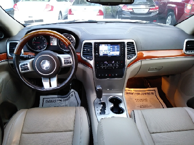 2011 Jeep Grand Cherokee 4x4 Overland 4dr SUV - Freeport NY