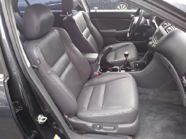 2006 Honda Accord EX V-6 4dr Sedan 6M - Freeport NY