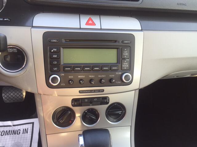 2006 Volkswagen Passat 2.0T 4dr Sedan w/Automatic - Freeport NY