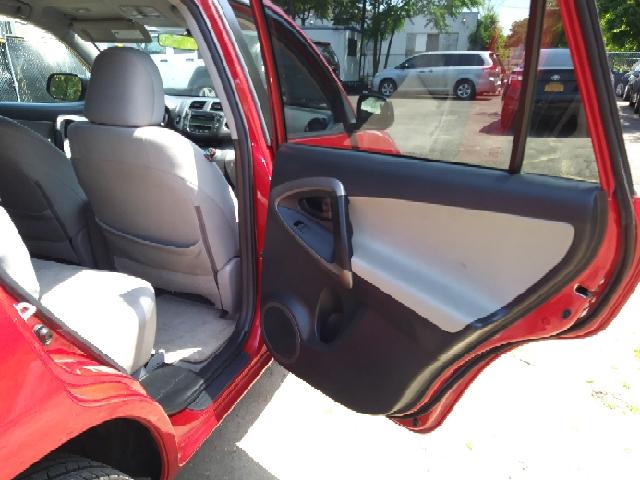 2010 Toyota RAV4 Base 4x4 4dr SUV - Freeport NY