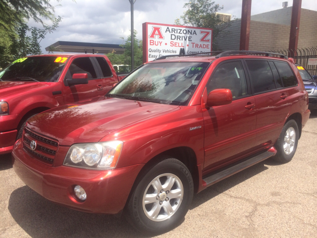 2002 TOYOTA HIGHLANDER LIMITED 2WD 4DR SUV red this vehicle has been maintained very well by one o