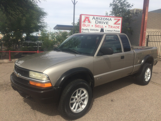 1999 CHEVROLET S-10 LS WIDE STANCE 3DR 4WD EXTENDED gray this vehicle in great conditions automati