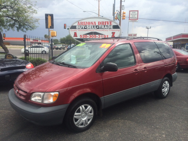 1999 TOYOTA SIENNA LE 4DR PASSENGER VAN red abs - 4-wheel captain chairs - 2 cassette cruise co