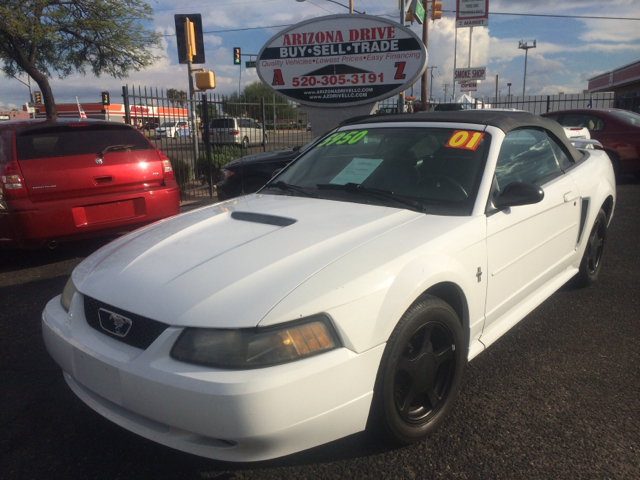 2001 FORD MUSTANG BASE DELUXE 2DR CONVERTIBLE white anti-theft system - alarm cassette center co