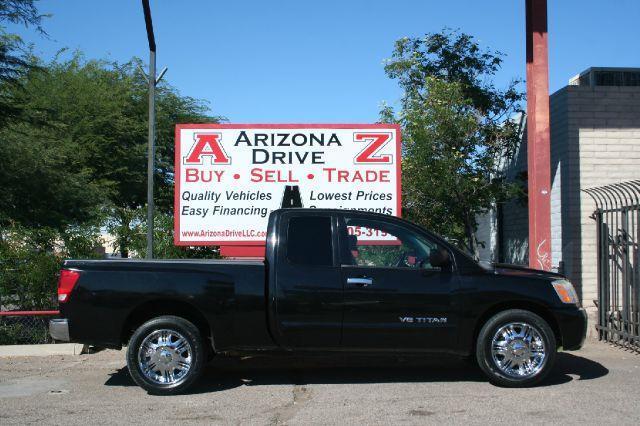 2006 NISSAN TITAN SE 4DR KING CAB SB black nissan titan clean truck with bed liner power windows l
