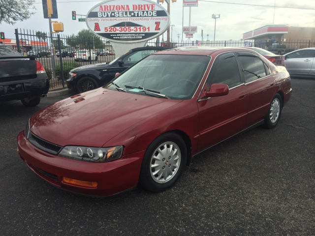 1996 HONDA ACCORD EX 4DR SEDAN red this vehicle in great conditions very sharp automatic fully loa