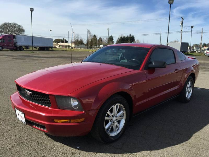 2008 ford mustang v6 deluxe 2dr coupe in woodburn or. Black Bedroom Furniture Sets. Home Design Ideas