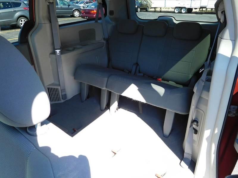 2008 Dodge Grand Caravan SXT Extended Mini Van 4dr - Appleton WI