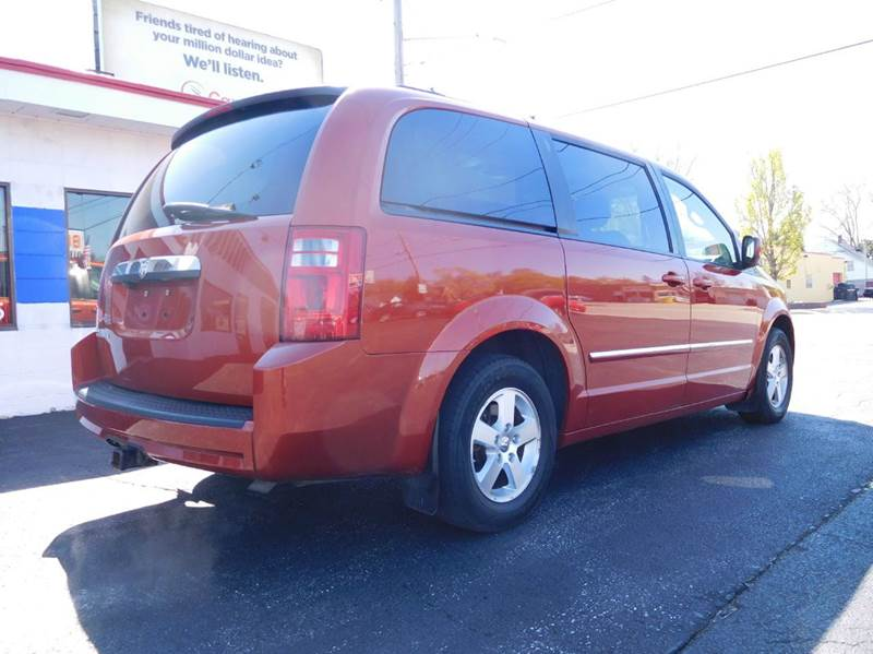 2008 Dodge Grand Caravan SXT Extended Mini Van 4dr - Appleton WI